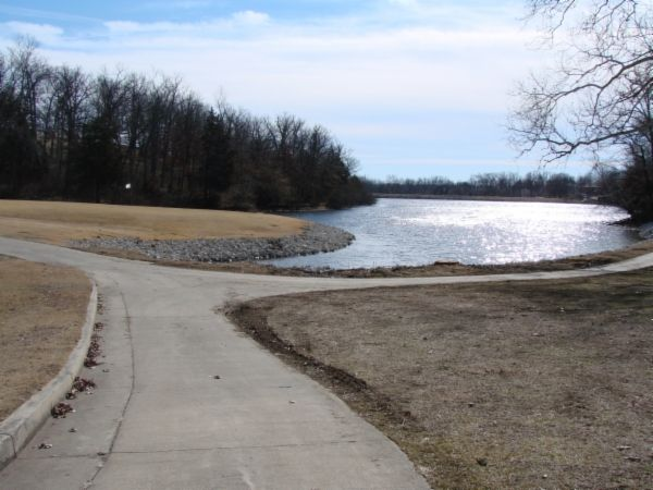 Hough Park Lake Fishing Iven Road In Jefferson City Mo