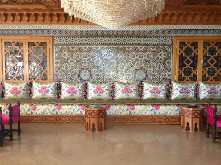 17 best images about moroccan living room salons marocains on pinterest morocco moroccan. Black Bedroom Furniture Sets. Home Design Ideas