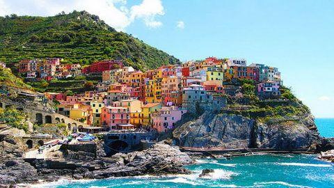 10 HARI – ITALY CINQUE TERRE + ATHENS & SANTORINI (desa-warna-warni)