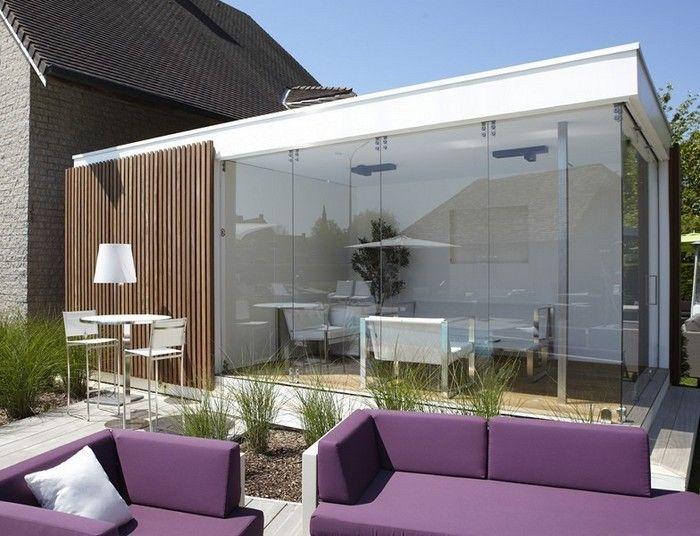 Bogarden moderne poolhouse lounge terras in die glazen ruimte met aangesloten berging voor - Overdekte patio pergola ...