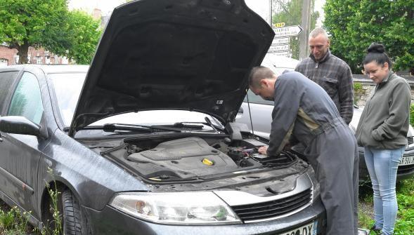 Le couple qui dormait dans sa voiture à Avesnes-sur-Helpe est pour linstant au camping http://vdn.lv/eQS8Ex