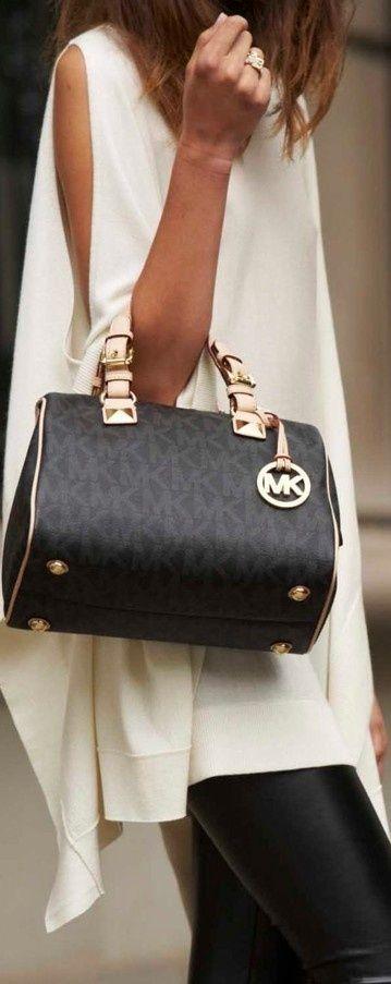 Michael Kors Bags http://www.clearancemks.com/michael-michael-kors-grayson-large-logo-satchel-brown-p-3369.html