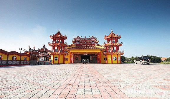 Nan Tian Temple or Nine Emperor Gods Temple in Sekinchan