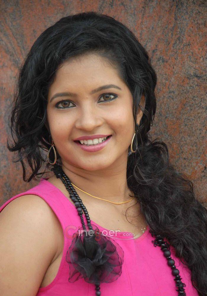 Shubha Poonja nude (11 foto) Hot, YouTube, braless