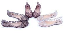 2015 oferta superior especial Sandalias Sandalias zapatos de mujer de nido de pájaro zapatos de la jalea transparente agujero plano playa mujeres de las Sandalias suaves botas de tacón alto(China (Mainland))