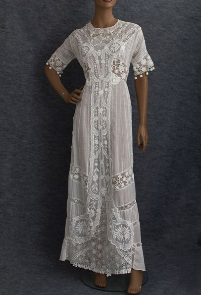 Embroidered tea dress with Irish crochet embellishment, c.1910