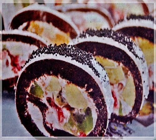 meyveli çikolatalı rulo pasta