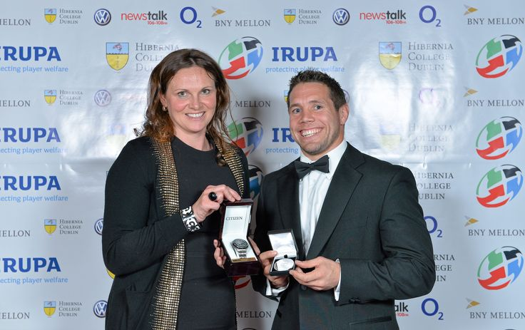 Sara McDonnell of Hibernia College presented the 2013 Hibernia College Medal for Excellence was presented to Leinster and Ireland scrum half, Isaac Boss