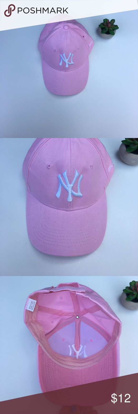 🎉Super cute pink Yankee hat🎉 ⚾️ Pink Yankees hat .. not an official hat, it has an adjustable back for ur pony tail 😊 .. never worn ! Perfect game day accessory ! ⚾️ 🎀 Accessories Hats