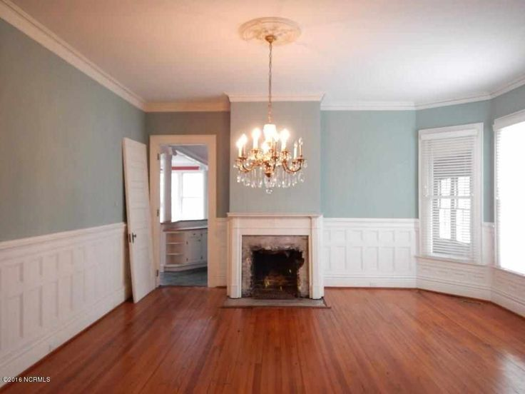 1900 Colonial Revival - Snow Hill, NC (George F. Barber) - $84,000 - Old House Dreams