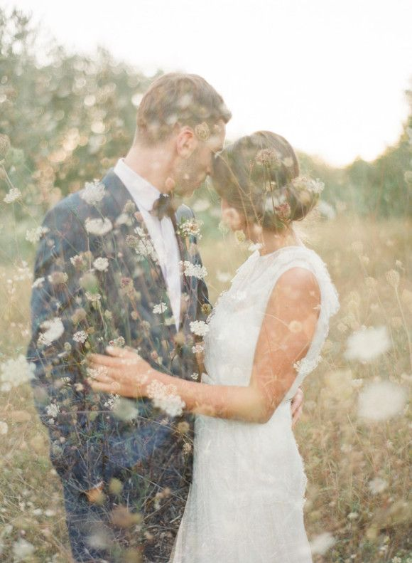 #French #wedding style  Different dreamy wedding photo.. http//www.whitepetalsandpearls.com