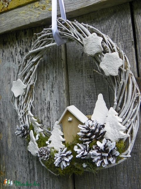 Téli hegyoldal-ajtódísz,koszorú,kopogtató,falidísz, Karácsonyi, adventi apróságok, Dekoráció, Otthon, lakberendezés, Karácsonyi dekoráció, Famegmunkálás, Virágkötés, Meska