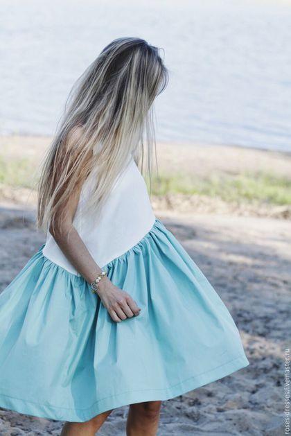 Купить или заказать Платье свободного кроя 'Мята' в интернет-магазине на Ярмарке Мастеров. Платье выполнено из хлопка. Платье пышное, держит форму. Хлопок не тонкий. Длина платья 95 сантиментов. Идеально для теплого летнего дня. На платье не распространяется скидка.