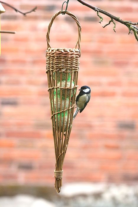 Fatball bird feeder willow craft project - As featured in book: Willow Craft 10 Bird Feeder Projects