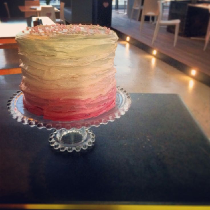 Pink ombré cake - shaded frosting from dark to light