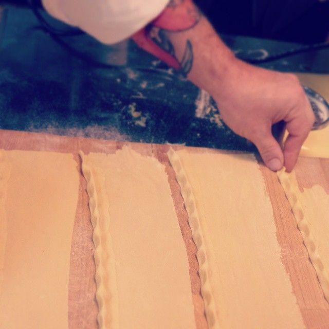 """Preparazioni... Plin """"polenta e salsiccia"""" #lacciuganelbosco #dovemangiarelanghe #langhe #Plin #polentasalsiccia #homemade #cosebuone #dinner #instafood #Italia #recipe #salsiccia #Piedmont"""