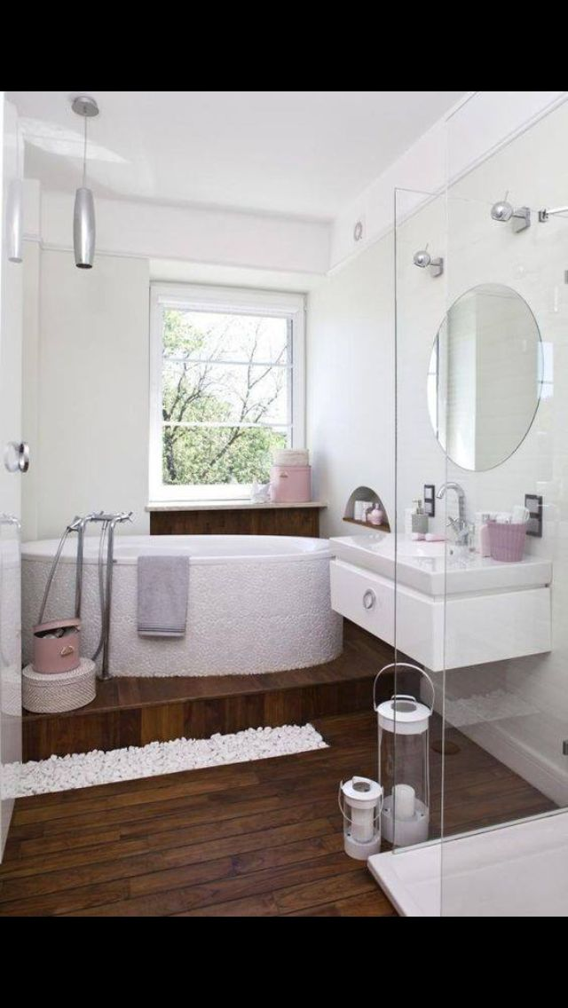 Přes 25 nejlepších nápadů na téma Badezimmerlampe na Pinterestu - die schönsten badezimmer