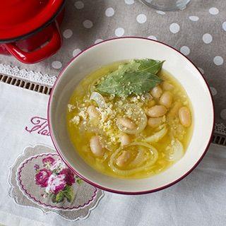 Крем-суп из белой фасоли с мидиями