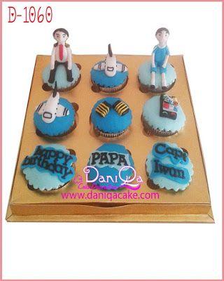 DaniQa Cake and Snack: Cupcake set tema Pilot
