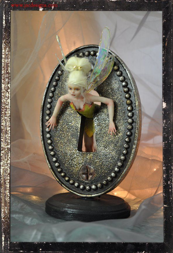 fairy in the keyhole