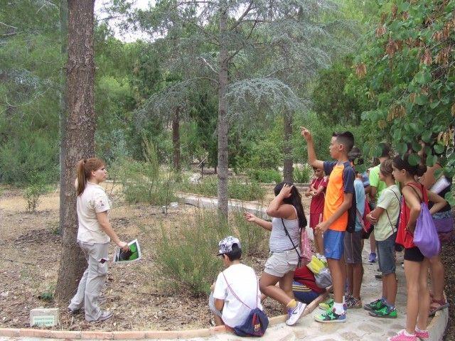 Medio Ambiente organiza actividades formativas y de divulgación en los espacios naturales protegidos
