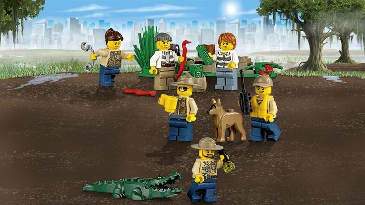 【Xmasおすすめ\】沼地のポリスステーションは、レゴシティ トラックキャラバンのヒーロージオラマにも登場中。ジャングルでは、ポリスだけじゃなくて危険な生き物にも気を付けて!(レゴ シティ60069 沼地のポリスステーション)(LEGO_Group_JP)