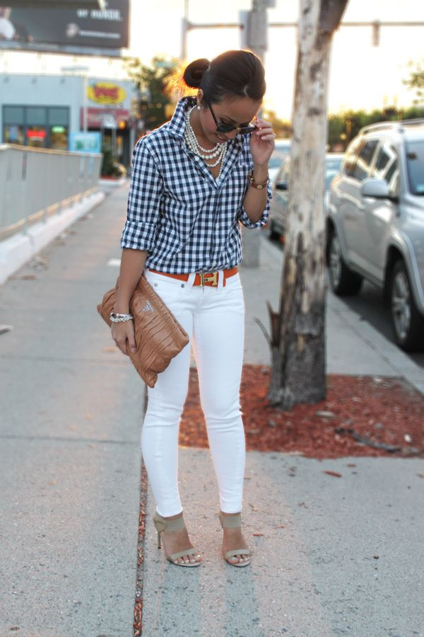 Navy gingham, statement pearl necklace, white skinnies,  orange Hermes belt.