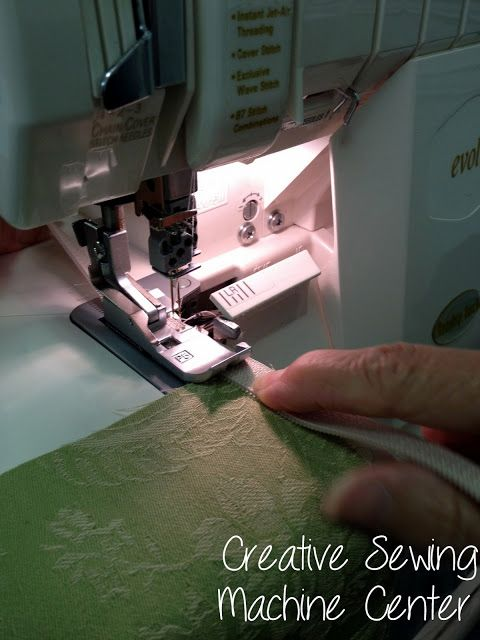Install a zipper with your serger - tutorial