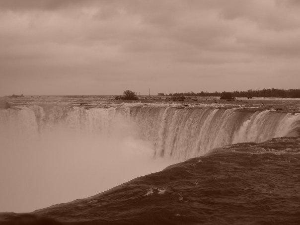 Niagara Falls, ON taken by Jason Bleakley