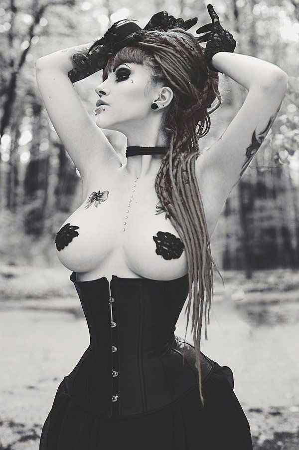 Sharuzen Gothic Beauty Dark Models Morazzia 1