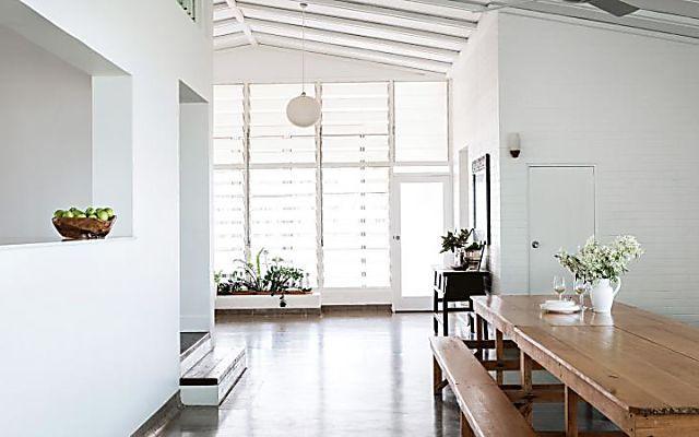 Elegant sun-washed homestead