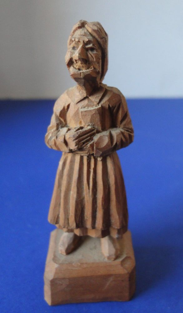 "Vintage Folk Art Wood Carving Ugly Old Lady In Apron Signed 3-1/2"" High"