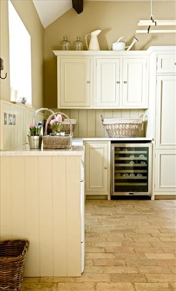 Traditionally styled chichester kitchen with carrera for Full height kitchen units