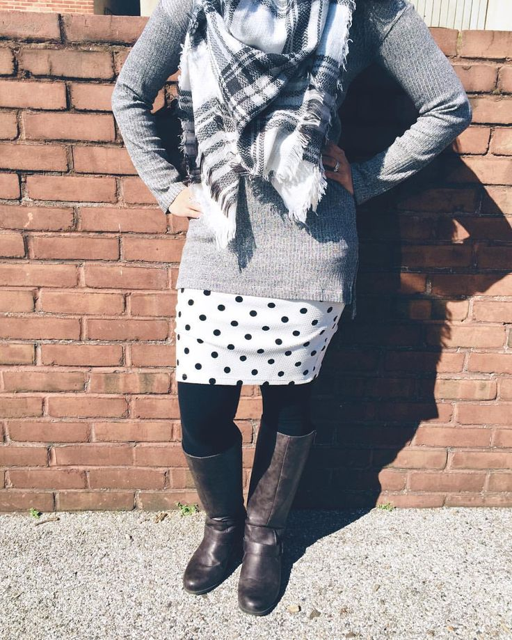 Outfit - LuLaRoe Cassie, Grey Sweater, Chunky Scarf, Black Leggings, Boots