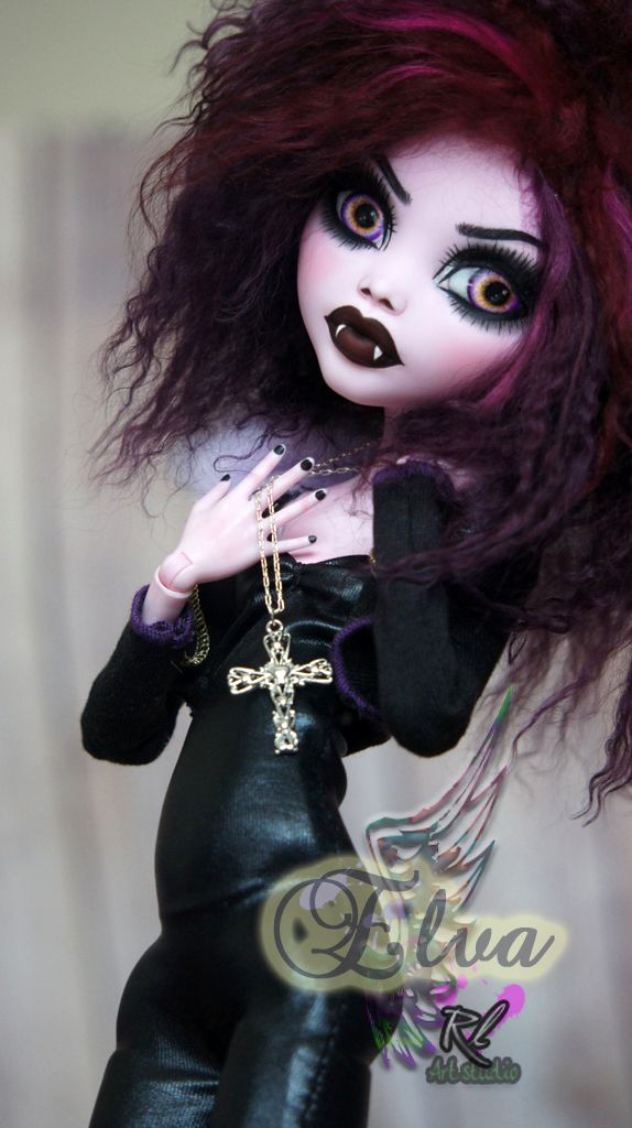 ~Elva~ Monster High 17 inch Draculaura repaint by RogueLively