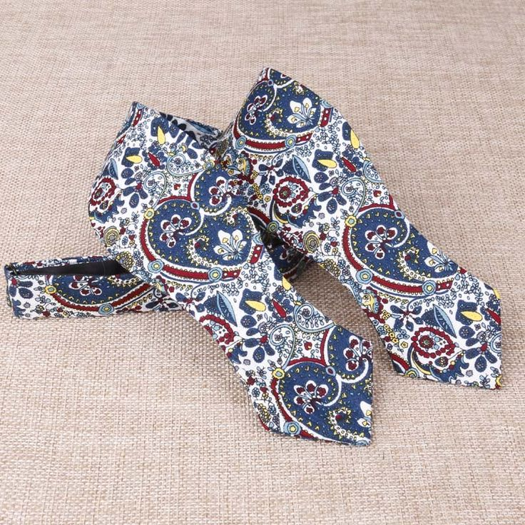 Find More Ties & Handkerchiefs Information about New Fashion Huckleberry Style Self Tie Bow Ties Polyester Self Tied Bowties for Men Paisley Men Bowties of Men Self Neck Ties,High Quality tie bow ties men,China tie children Suppliers, Cheap tie christmas ribbon bow from Sexy Clothing&Accessories on Aliexpress.com