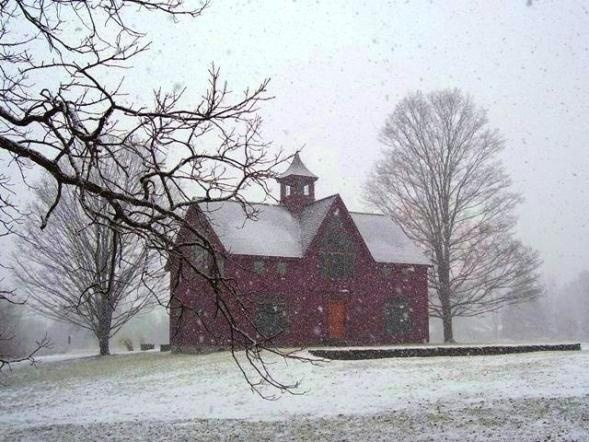Red barn in winter pa barns of pennsylvania pinterest for Home builders western pa