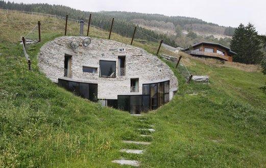Villa Vals, 160 m2, hot tub, 370.-/Nacht für max 10 pax