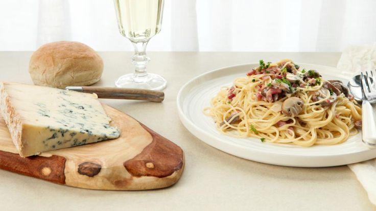 Pasta met kastanjechampignons en blauwe kaas | VTM Koken