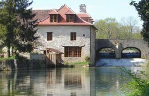 Chambre d'hôtes Le Moulin de Fontaine ( Côte d'Or )  Maison d'hôtes, weekend, séjour, vacances, guesthouse, home, holidays, travel,