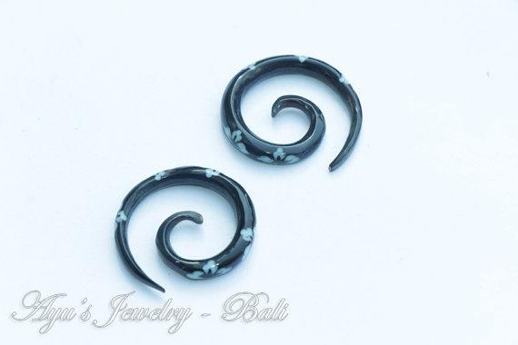 6ga /8ga Black Spiral Flower Tattoo Horn Ear by ayujewelry on Etsy, $15.00
