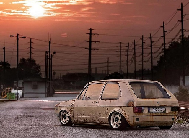 I do not like the rat-style, but this picture with the '74 Golf has something.