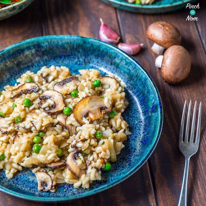 SYN FREE Garlic Mushroom Risotto  So easy & NO STIRRING with the Tefal Actifry   FULL RECIPE  http://pinchofnom.com/recipes/syn-free-garlic-mushroom-risotto-slimming-world/   Need some support? Come join our Facebook Group  https://www.facebook.com/groups/pinchofnom/