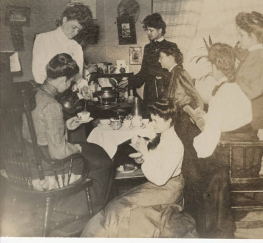 Students gather for a traditional chafing dish party, 1906 :: Archives & Special Collections Digital Images