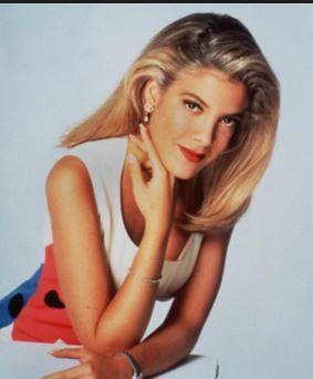 ¿Se acuerda de Tori Spelling de Beverly Hills 90210? Las cirugías la tienen irreconocible