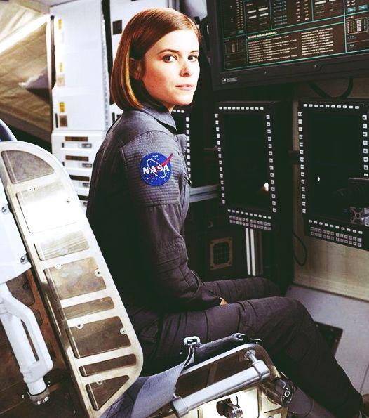 Kate Mara as Beth Johanssen on set of The Martian.