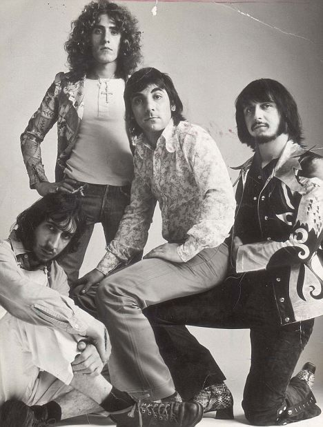 roger daltrey wife | Who are you? Daltrey, standing, with other members of band pictured in ...