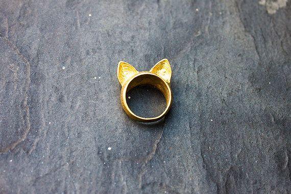 Bague oreille de chat dorée