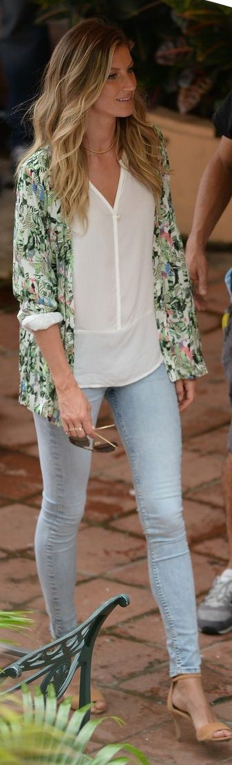 Still looking for that perfect pair of minimally distressed light-wash jeans (like Gisele's!)
