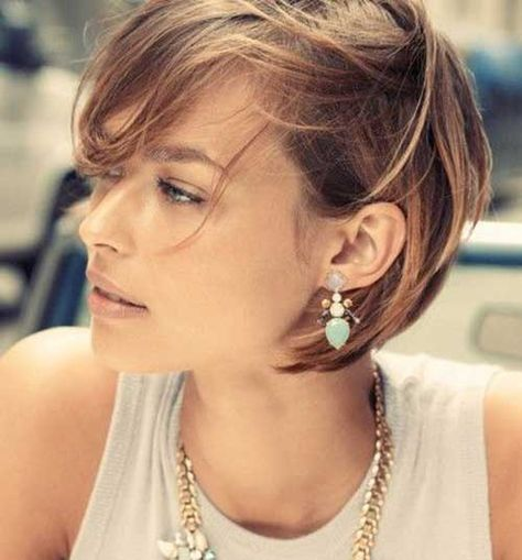 12.Short Bob Hairstyle For Women